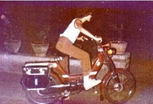 1979 - Luna Moped MXB8365 India