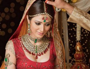Indian-Bridal-Jewelry-Beautify-The-Bride
