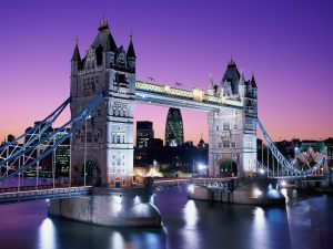 tower_bridge_at_night_london_england