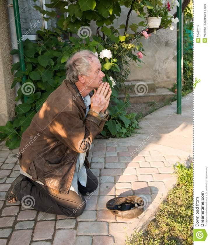 beggar-begging-food-street-32492614