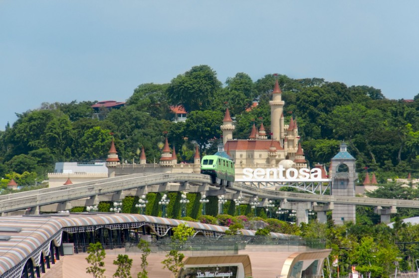 sentosa-island-in-singapore-with-sentosa-skytrain-1600x1066