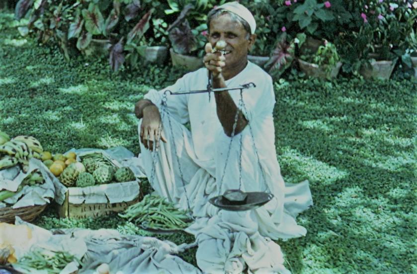 1965 pune fruitwallah (2)