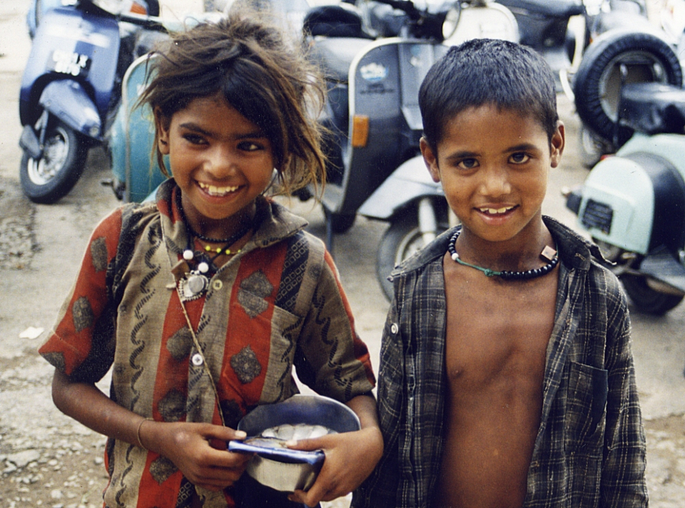 child-beggars1